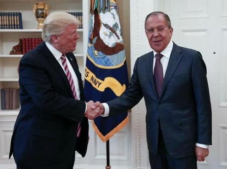 Why Were US Photographers Absent at the Trump-Lavrov Meeting?